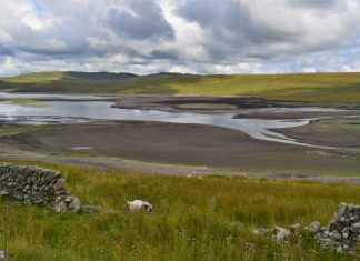 Low water levels at Daer reservoir